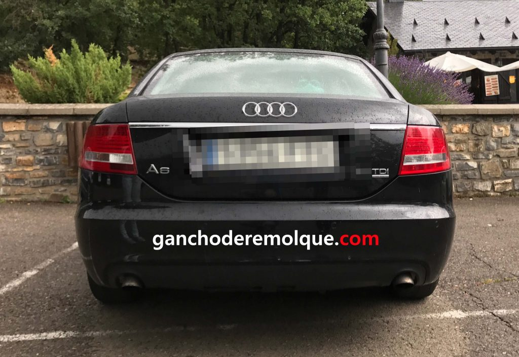 Audi A6 enganche extraible vertical invisible 2