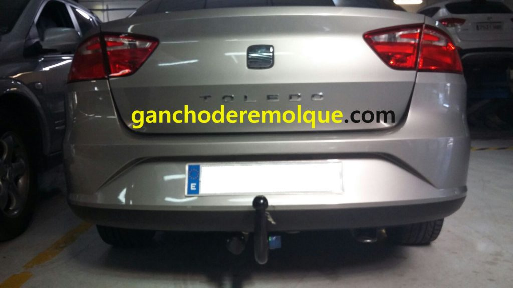 enganche bola gancho de remolque seat toledo iii 3 extraible vertical www.ganchoderemolque.com 1